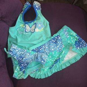 3 piece toddler swimsuit.
